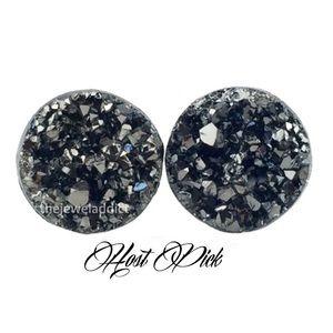 3 for 15🎀faux druzy chunky grey earrings